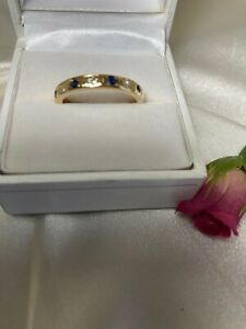 QUALITY VINTAGE  18 CT YELLOW GOLD 4 SAPPHIRES  & 3 DIAMONDS ETERNITY  RING.