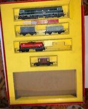 TRIANG T1 TT GAUGE VINTAGE TRAIN SET D5501 BRITISH RAILWAYS PLUS 4 CARRIAGES