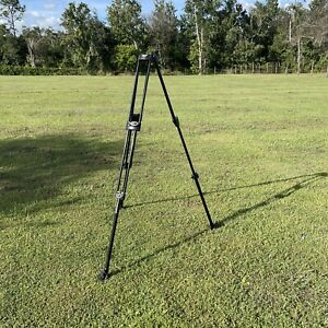 Manfrotto 546B Tripod Please Read Description And Look At  Pictures Throughly