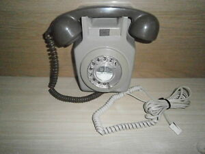 GPO VINTAGE  WALL MOUNT TELEPHONE MODEL 711L