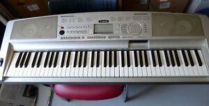 YAMAHA Keyboard DGX-300 Portable Grand mit Tasche