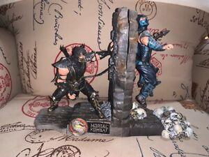 Mortal Kombat 9 Scorpion & Sub-Zero Bookends Collector's Edition