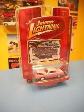 JOHNNY LIGHTNING MOPAR MAYHEM  1970 DODGE DART SWINGER  R2 LIMITED EDITION NEW