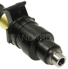 Fuel Injector fits 1974-1975 Volvo 164  STANDARD MOTOR PRODUCTS