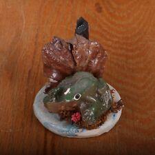 Vintage Frog In Front Of Leaf Figurine Miniature
