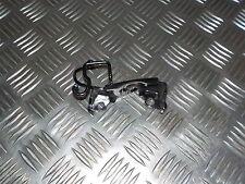 Honda 125 CBR - JC39A - Patte sous neiman ( contacteur a clef )