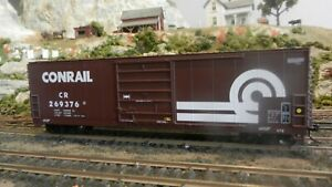 Walthers Goldline Deluxe RTR HO Conrail Modern 50' Boxcar,, Exc.