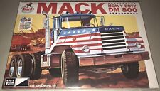 MPC Mack DM 800 Heavy Duty Truck 1/25 model kit new 899 in stock *