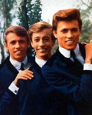 "Bee Gees 10"" x 8"" Photograph no 48"