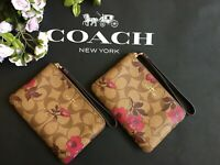 New Coach F87780 khaki berry multi Corner Zip Wristlet New With Tags Vct Flowers