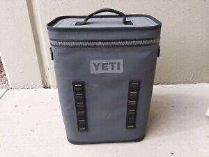 Yeti BackFlip 24 Backpack Charcoal