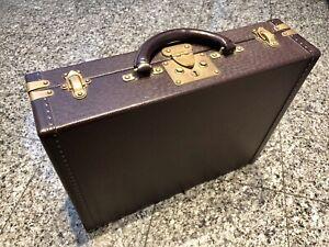 Louis Vuitton LV Taiga Maroon Leather President Classeur Attache Briefcase Bag