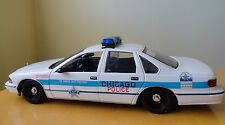 UT Models Chicago Police Chevy Caprice Diecast Car #9466 Toy Model 1:18 Scale
