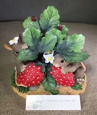 "Fitz & Floyd Charming Tails Figurine ""Sometimes Love is Berry Shy"" #84/125 Box"