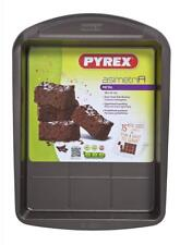 Pyrex asimetriA Metal Easy-grip Brownie pan,  28 x 22 cm