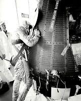ALAN SHEPARD MERCURY ASTRONAUT EXAMINES FREEDOM 7 - 8X10 NASA PHOTO (AA-275)