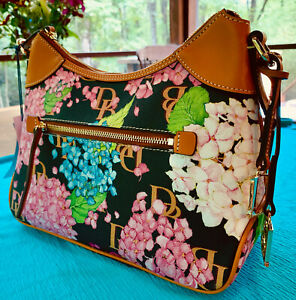 DOONEY & BOURKE HYDRANGEA MONOGRAM COLLECTION HOBO FLORAL BAG (NEW WITH TAGS)