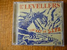 CD ALBUM - THE LEVELLERS - One Way of Life [Best of]