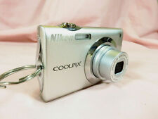 Nikon COOLPIX S4000 12.0 MP Digital Camera Silver w/ Charger + Case + 4gb card
