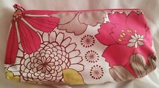 CLINIQUE-MAKE UP BAG/WRISTLET-WHITE/PINK/TAN/YELLOW/FLOWERS-ZIP WITH WRIST STRAP