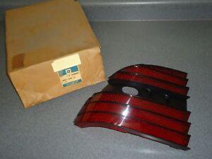 New NOS OEM GM Taillight Lens LH 16506041 1987-1993 Chevy Chevrolet Beretta