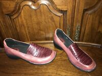 Clarks Artisan 62413 Burgandy Mill Square Slip On Loafers Women's U.S. 8.5M