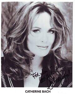 Catherine Bach  (20x25 cm) Original Autographed Photo