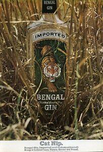 1966 Bengal PRINT AD GIN Vintage Bottle Tiger Great colorful artwork