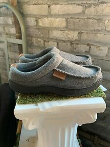 New - Dearfoams Men's Memory Foam Slippers Indoor / Outdoor 2020 Gray Pick Size