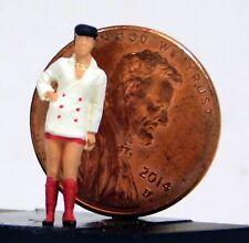 Preiser 1/87 Ho Girl with Miniskirt 28196