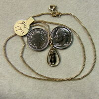 9 ct GOLD second hand kissing couple pendant & chain