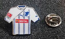 TSG 1899 Hoffenheim PIN MAGLIA FOOTBALL 2011-2012 distanza TV DIGITALE