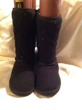 Juicy  Couture Pull on  boots black knit with faux fur lining size 4