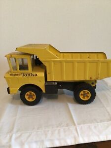 Original Vintage 1970's Tonka Dump Truck in Original Yellow Paint