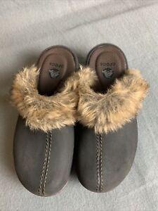 Crocs Cobbler Fuzz Clogs Womens Size 5 W Faux Black Suede Faux Fur Lined 16288