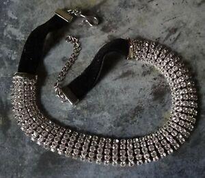 vintage clear rhinestone 5 row silver tone velvet choker necklace -A337