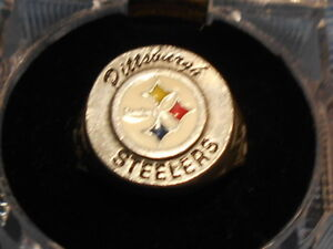 PITTSBURGH STEELERS HAND PAINTED SCULPTED PEWTER RING WITH TEAM LOGO SIZE 8 1/2