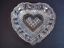 "Fostoria for Avon lacy heart soap or pin dish 5"""