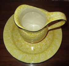 VINTAGE STANGL TOWN & COUNTRY YELLOW MARBLE PITCHER & PLATE MADE FOR BLOOMIDALES