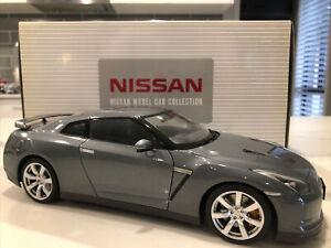 1:18 NISSAN model car collection grey r35 GT-R AUTOart
