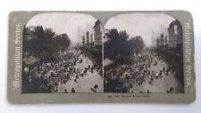"""Antique """"Metropolitan Series"""" 704 - The Market Place, Paris France Stereo Card"""