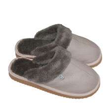 Home slippers with natural sheep's wool