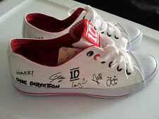 Womens-Size-9-One-Direction-ID-Canvas-Low-Top-Tennis-Shoes-White-Red-Black-NWOB