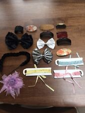 Selection of 16 hair accessories: Hair slides, clips, toggles and hair bands.