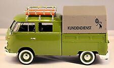 Volkswagen VW t1 Type 2 doble cabina + portaequipajes & plane 1959-67 verde oliva 1:24
