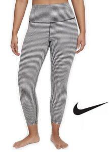 Nike Yoga Black and White Women Super Soft Sport Leggings Crop Length High Rise