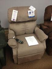 Golden Lift Chair 505 MaxiComfort Medium Lift Chair Zero Gravity