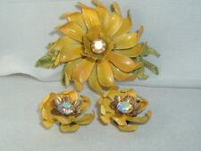 VINTAGE ESTATE YELLOW ENAMEL AB RHINESTONE FLOWER BROOCH PIN & CLIP EARRINGS SET