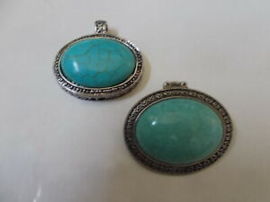 Pair Oval Turquoise Silver Tone Setting Jewelry Pendant and Stretch Ring