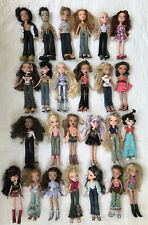 2001 2002 2003 Lot Of 25 Bratz Dolls With Clothes Shoes Boys Girls
